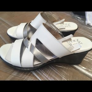 Naturalizer Vivy White Leather Heels